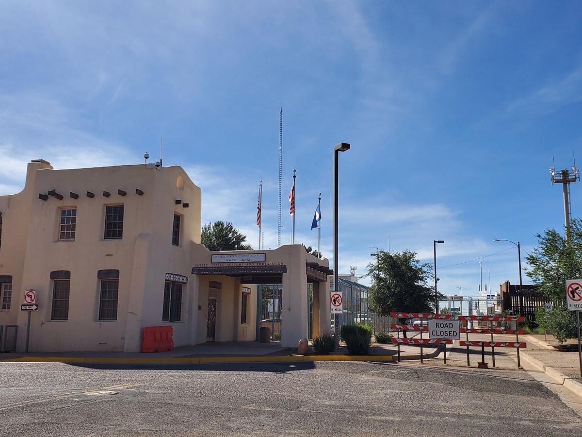 Naco/Naco Sonora Border