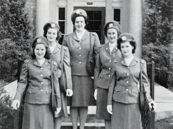 New students in 1944