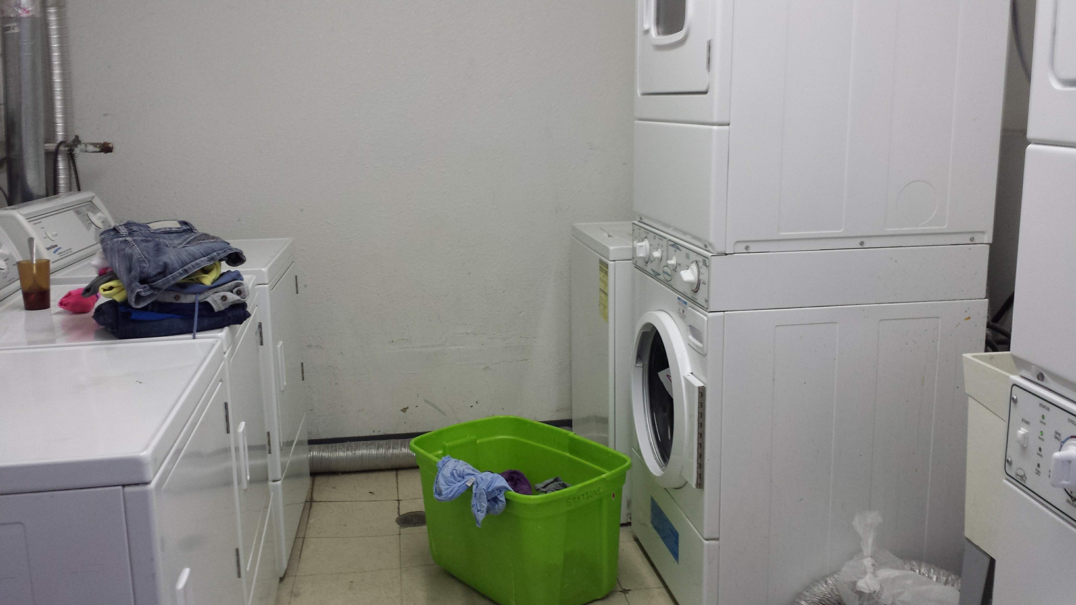 functional washers and dryers