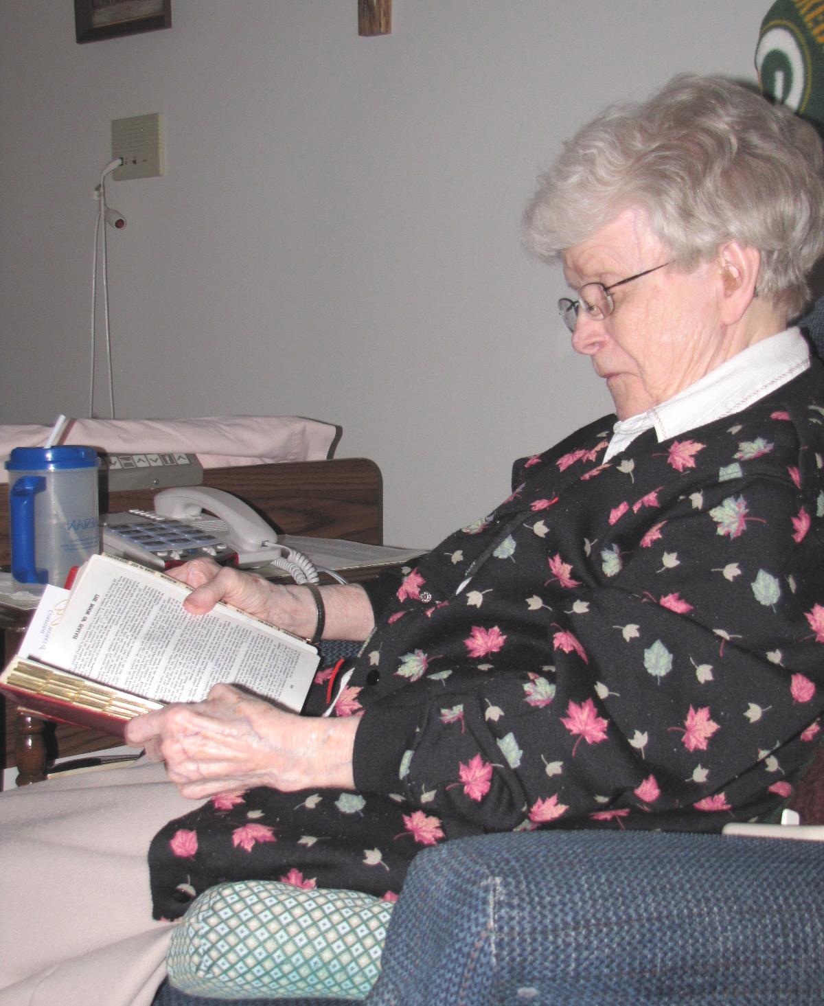 care senior sisters